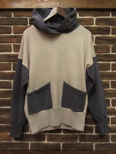 "LEVI'S VINTAGE CLOTHING ""SPORTS WEAR"" TWO TONE HOODIE(ツートンパーカー)"